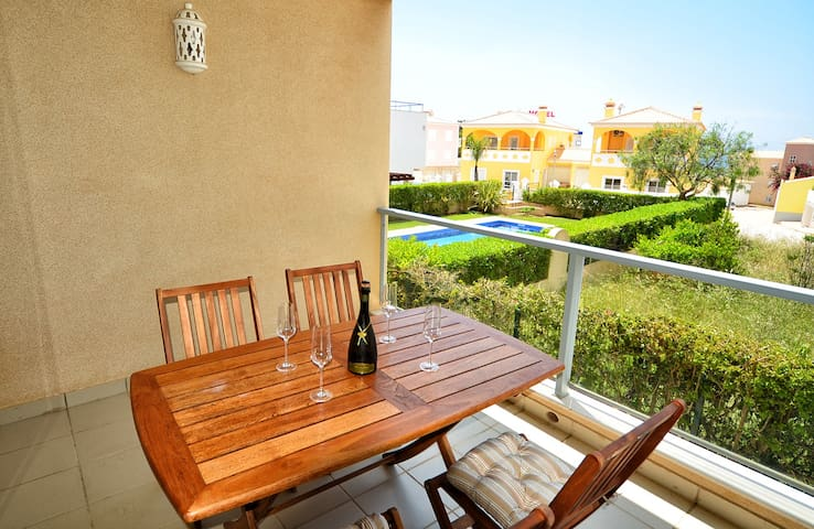 Modern 2 bed apartment terrace and shared pool - Faro District - Daire