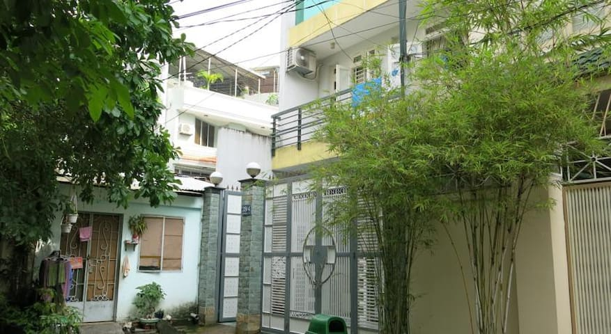 Lucky Star Stay - Quận 10