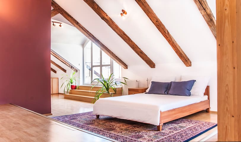OLD TOWN ATTIC LOFT WITH TERRACES - Prag - Wohnung