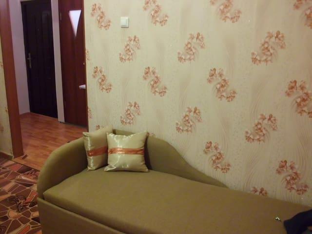 1-а кв, новый ремонт, рядом склоном - Kirovsk - Lägenhet