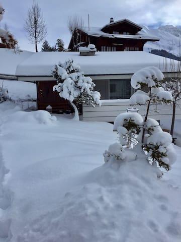 Schönes Ferienchalet wochenweise zu vermieten - Adelboden - Rumah