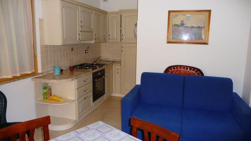 Sardegna apartment in 300m beach - Uta - Apartment