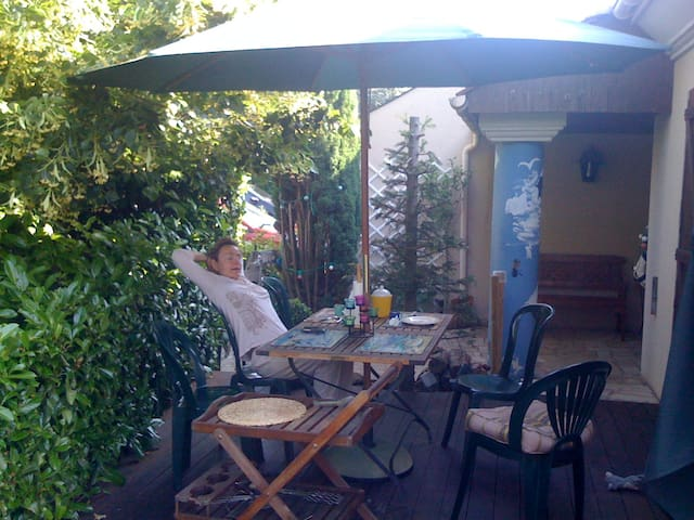 Green stay for Paris discorery - Marolles-en-Brie - Hus