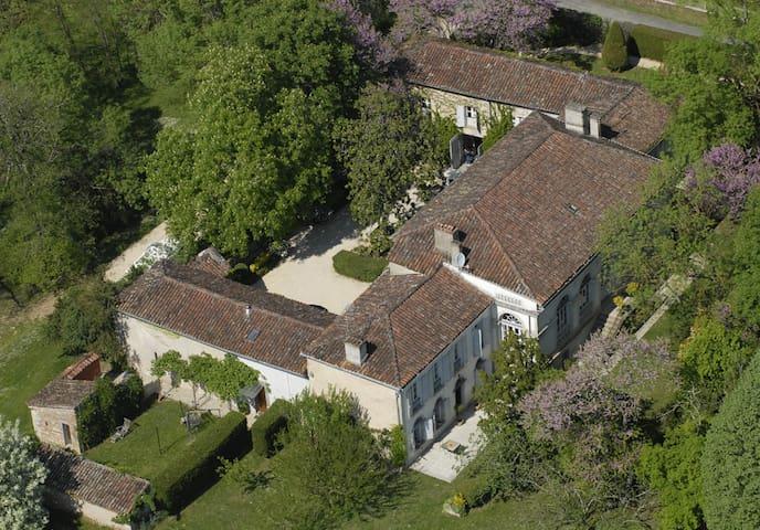 GITE AU BORD DE LA RIVIERE - Marssac-sur-Tarn - Hus