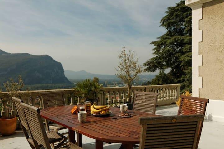 Belle chambre proche de Grenoble! - Voreppe - Casa