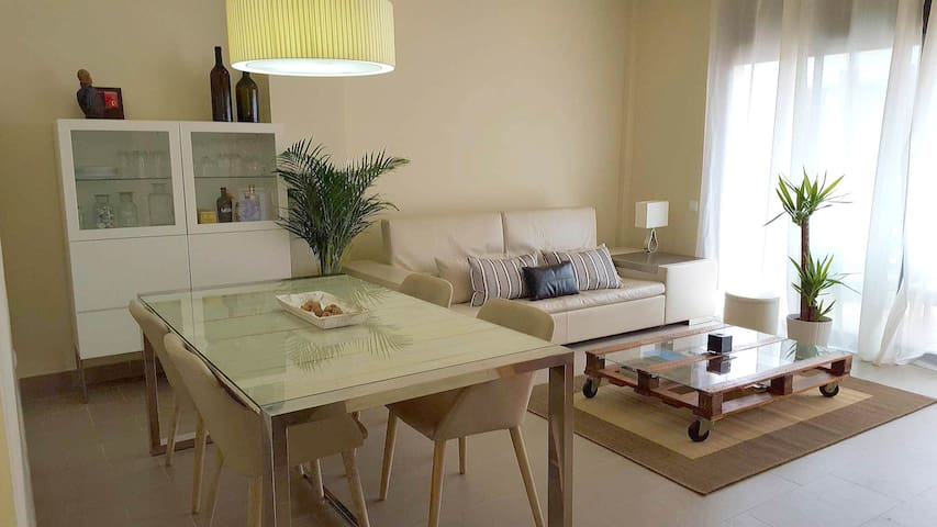 Nice apartment with terrace and pool - Sant Feliu de Guíxols - Hus