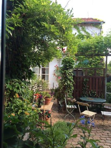SEELIG`s Ferienwohnung in Weinsheim - Weinsheim - Apartemen