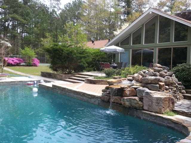 ESTATE 166: Private estate with pool and tennis - Douglasville - Haus