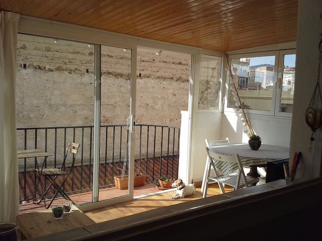 Apartment for 4 with roof terrace 150m from beach - Calella - Apartemen