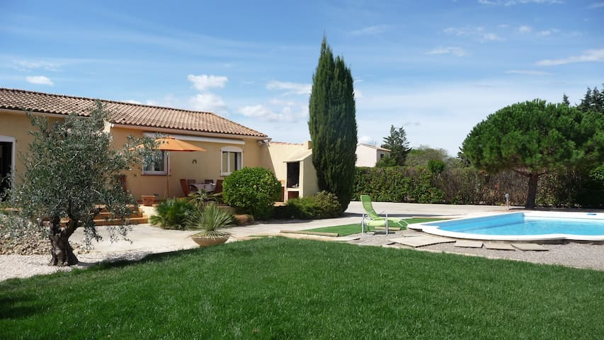 Modern house with garden and pool - Saint-Nazaire-d'Aude - Hus
