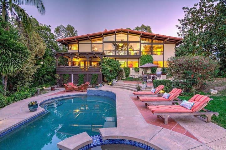 Private Resort Living in Beautiful Palos Verdes - Palos Verdes Estates - Huis