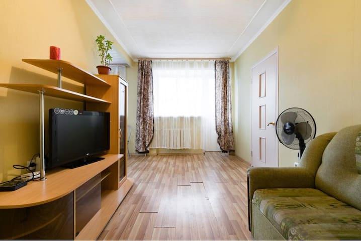 Двухкомнатная квартира в центре города - 卡盧加(Kaluga) - 公寓