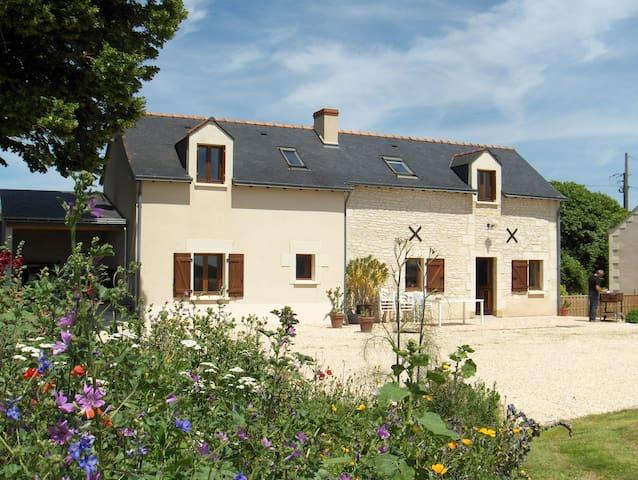 La Thibaudière 10 personnes 3*** - Ambillou-Château