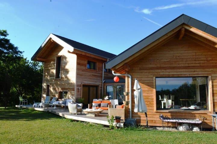 Superbe villa d'architecte entre lac et montagne - Lucinges - Ev