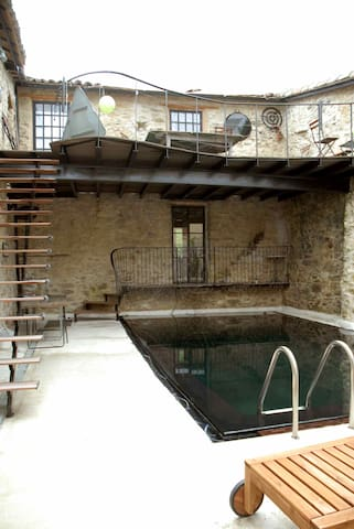 Old Converted Auberge with Pool - Bouriège - Hus