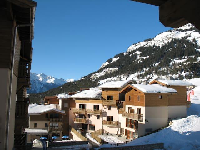 Duplex apartment on the ski slopes in the Alps - Aussois - Selveierleilighet