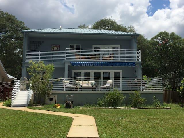 Bayou Bliss! Waterfront luxury near downtown, PCB - Panama City - Haus
