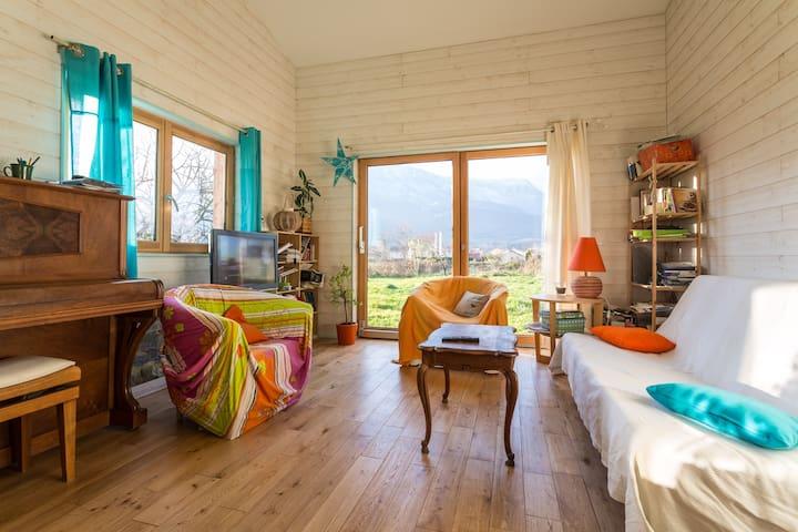 chambre verte couple vue chartreuse - Pontcharra
