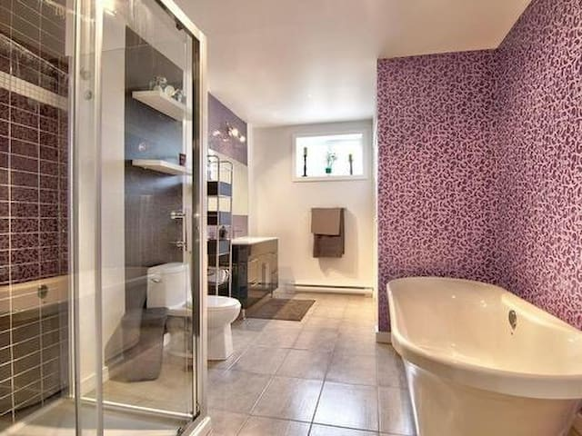 Private room and bathroom - Contrecoeur - Casa