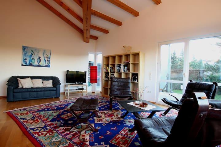 Ferienhaus - ruhig und mit toller Aussicht - Moritzburg - Pension