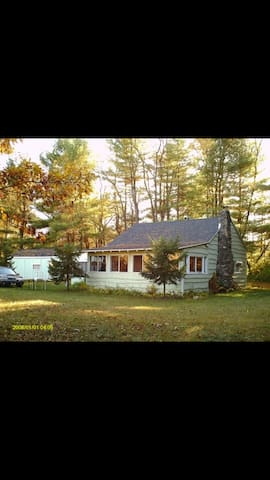 Cabin in the woods on schroon river - Warrensburg - Дом
