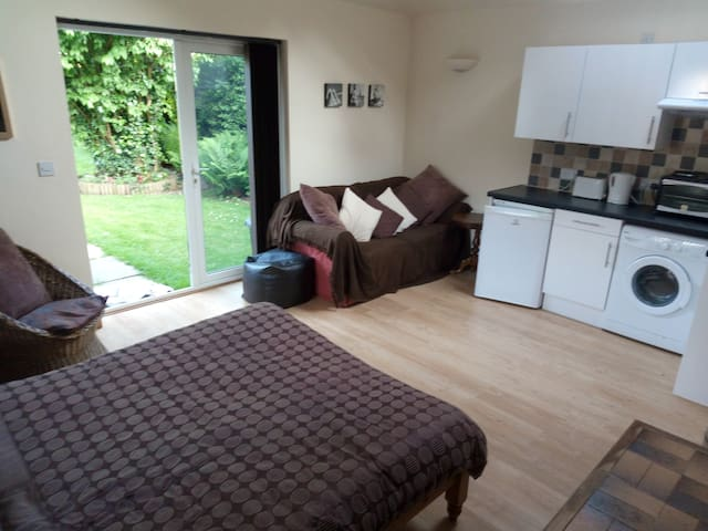 Self-contained Annexe flat next to New Forest. - Cadnam - Ev