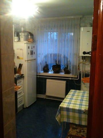 rent room in green city - Orhei - Departamento