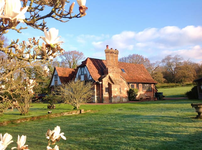 Idyllic Country Cottage South Downs - West Sussex - Rumah