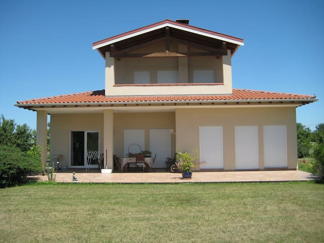 Lovely House and super Landskape! - Verniolle - Rumah