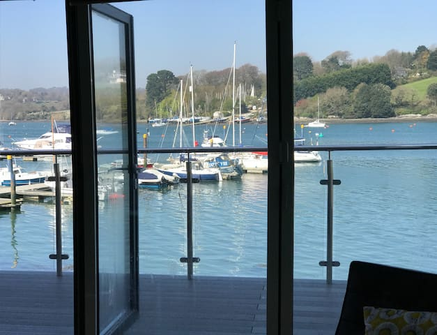 Cool and contemporary waterfront house - Falmouth - Hus