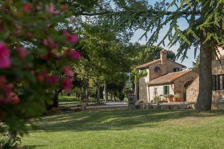 La Manonera Cottage for 2 people - Montepulciano
