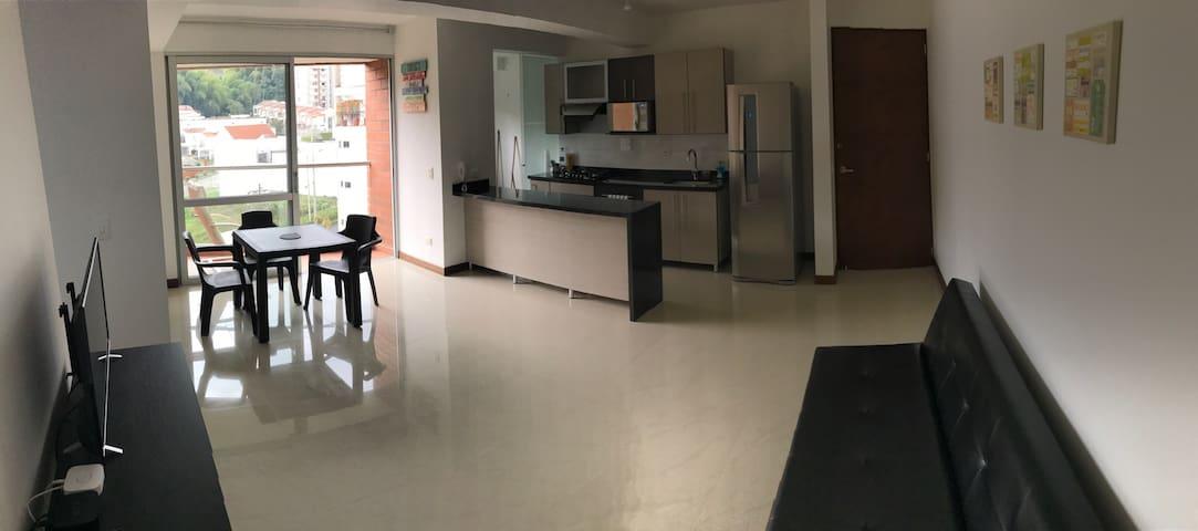 Apt. Pinares Campestre, WIFI/PARKING - Pereira - Appartement
