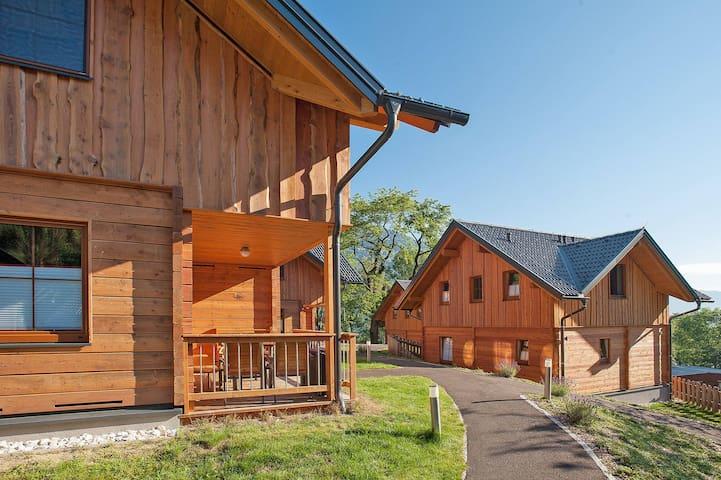 Seecamping Berghof - Landskron - Hus