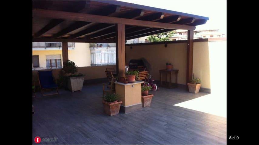 Loft moderno e fantastico terrazzo - Lanciano - Appartement