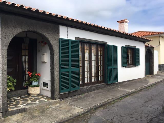 AzorHouse Wi Fi Free - Ponta Delgada - House
