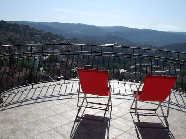 vue panoramique, pour 2 personnes - Veliko Tarnovo - Appartement