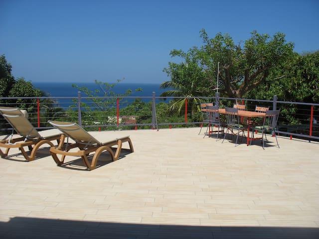 JOU facing the sea beautiful house  - Pointe Noire
