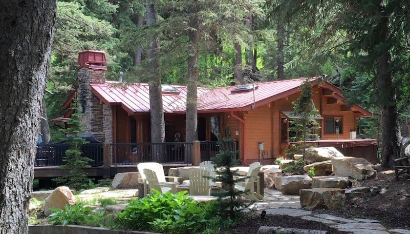 Amazing Sundance Creekside Cabin - Sundance - Cabaña