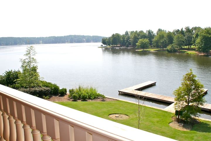 Waterfront Suite 1BR - Lake Oconee - Eatonton - Villa