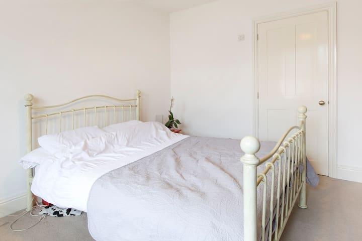 Lge Double En Suite Room Headington - Oxford