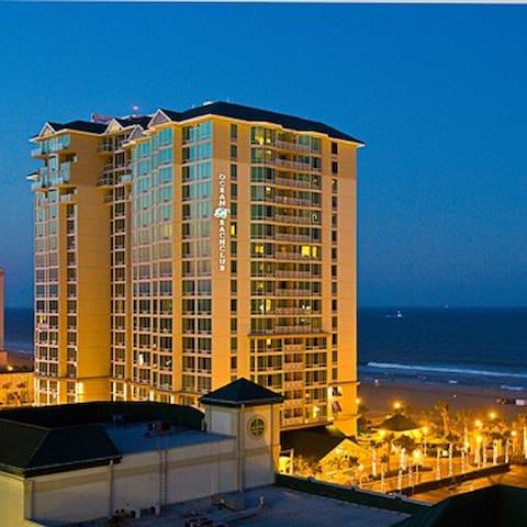 Luxury Suite in Beach Front Resort - Virginia Beach - Departamento