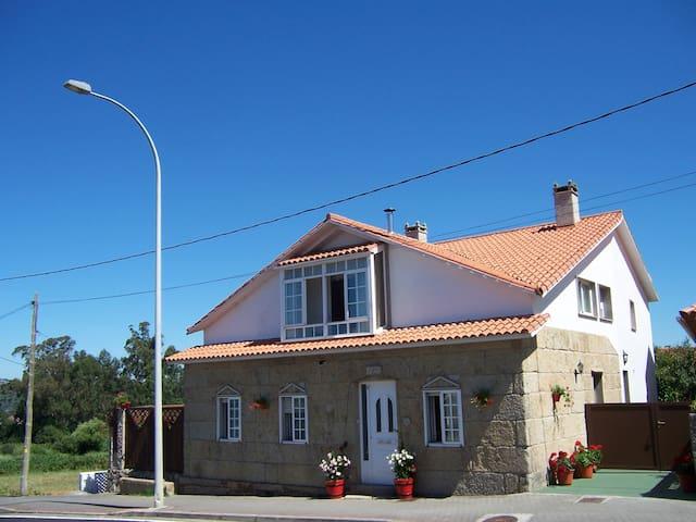Aparmt in sanxenxo,nice landscape and garden. - Sanxenxo
