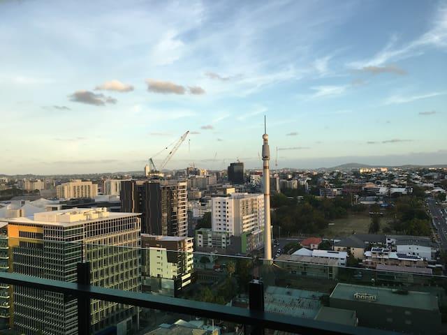 Modern living at its best - South Brisbane - South Brisbane - Leilighet