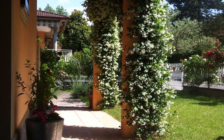 B&B Spirito Libero Little and Romantic Attic - Rivanazzano Terme - Villa
