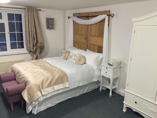 Magna Cottage/3 bedrooms, sleeps 6 - Ansty - Casa
