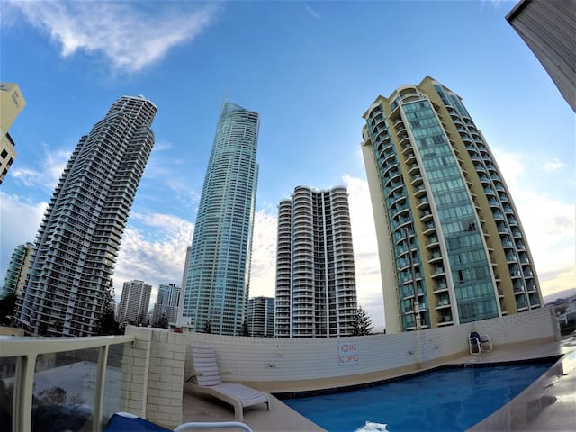 Room With Ocean View In The Heart Of Gold Coast ! - Surfers Paradise - Departamento