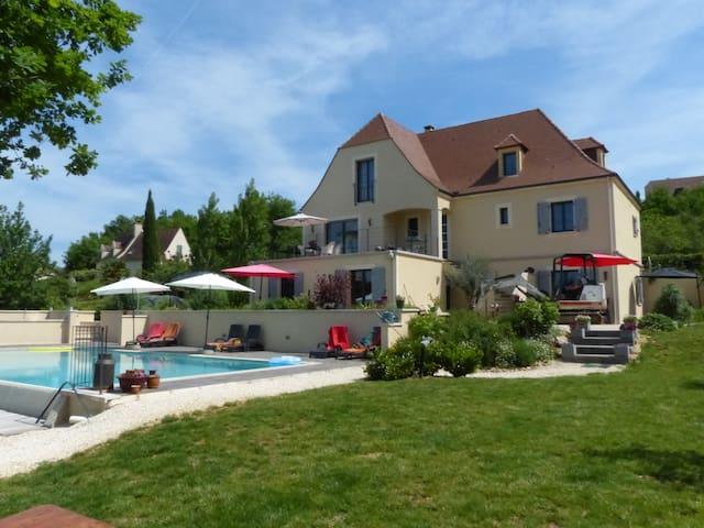 Luxe 2-p. (+baby) *** appartement.  - Saint-Julien-de-Lampon