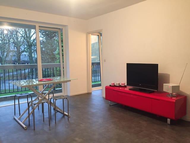 Studio avec balcon - Croix - Huoneisto