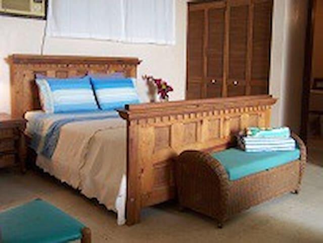 Tropical Palms Condo, Cruz Bay, STJ - Cruz Bay - Apartmen