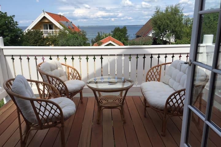 Skønt fiskerhus med havudsigt - Ålsgårde - Villa
